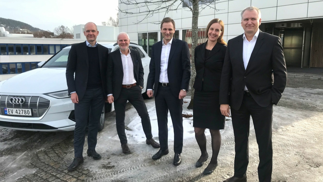 Fv: Ulf Tore Hekneby, Paul Hegna, Petter Hellmann, Anna N. Bjercke og Terje Male.
