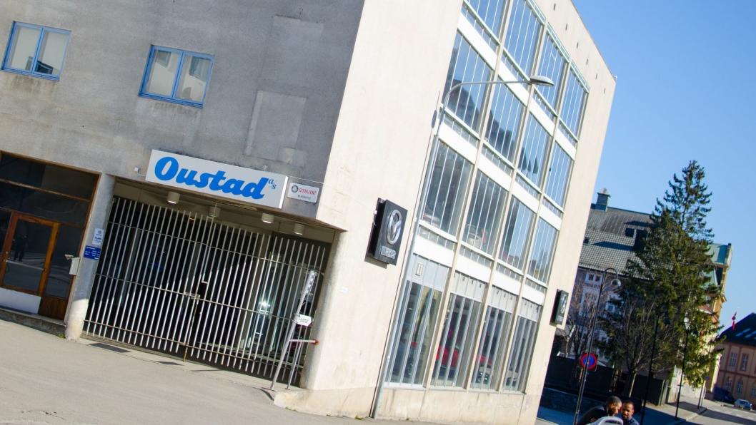 Oustad er frittstående Mazda-forhandler midt i Hamar sentrum.