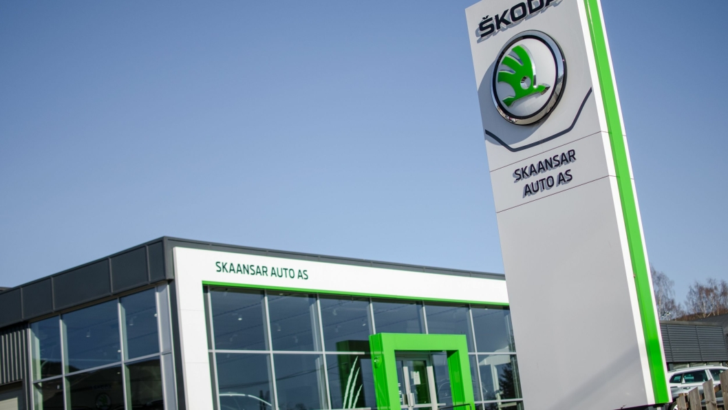 """Skaansar Auto er Lillehammers frittstående Skoda-forhandler, plassert midt i """"bilbyen""""."""
