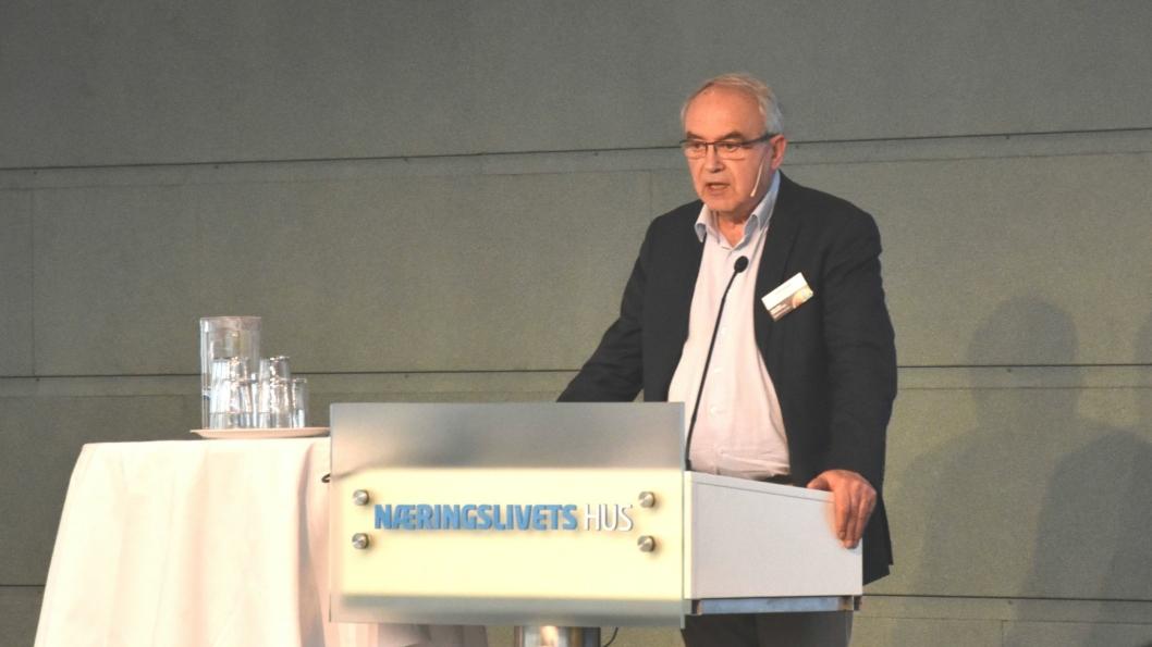 Klar tale fra konsernsjef Arvid Sulland i Sulland Gruppen på NBFs årskonferanse.