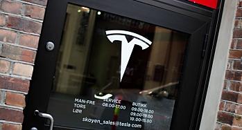Tesla innrømmer problemer med tilgang på biler til Norge