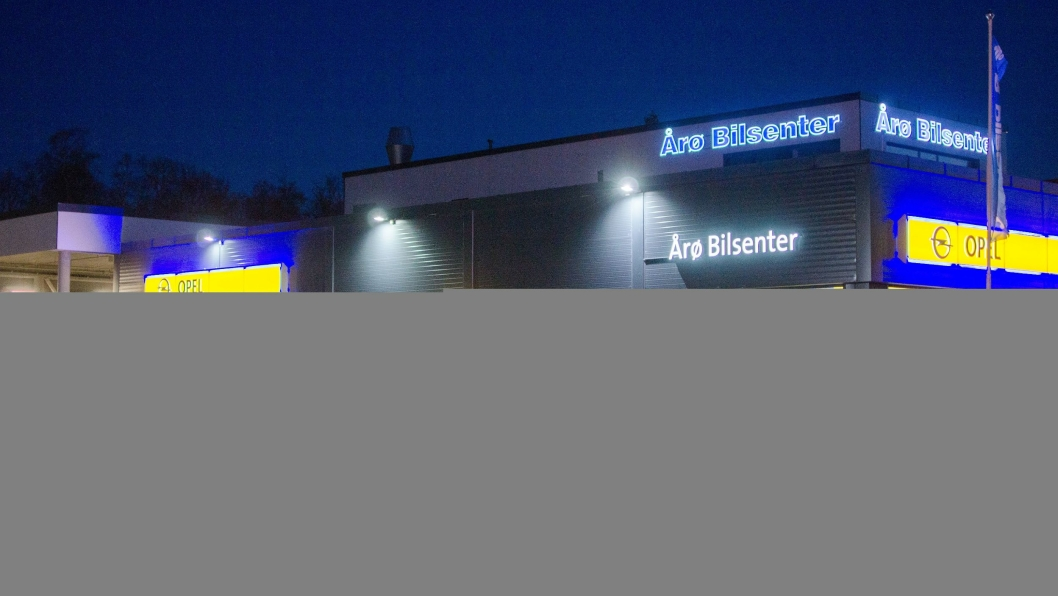 Årø Bilsenter mister Opel-agenturet, men er fra og med i dag Mekonomen-verksted.