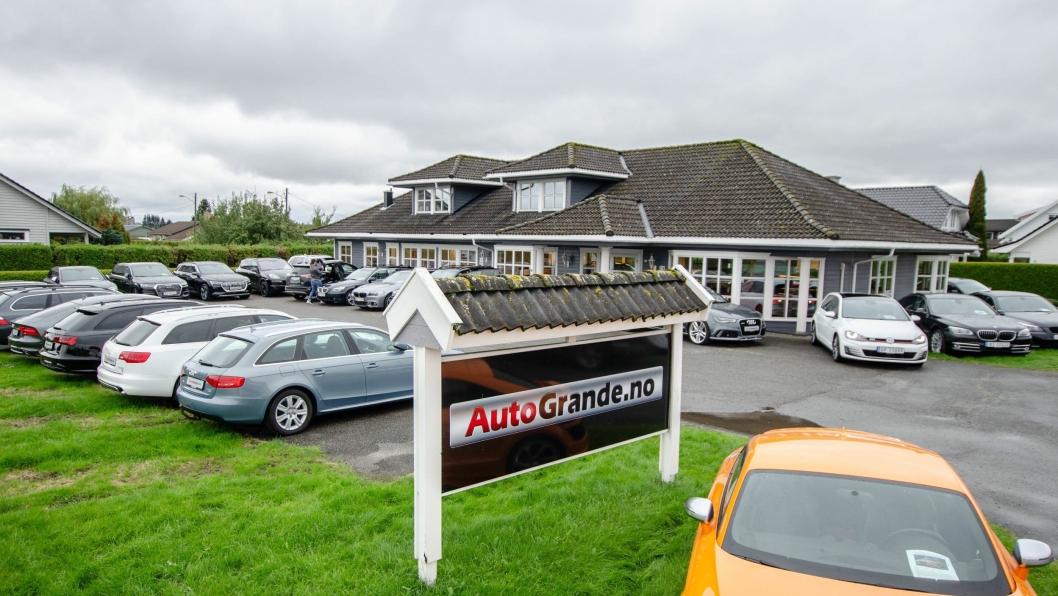 Autogrande driver import av tyske premiumbiler og holder til i Grenland.
