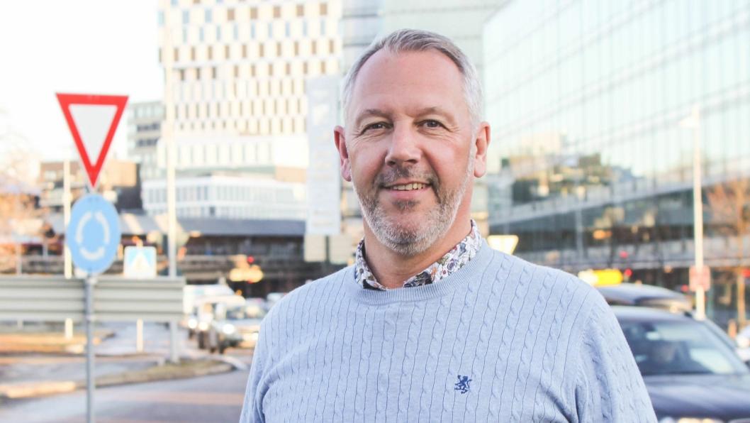 Anders Gadsbøll har jobbet seks år i Renault-systemet og jobbet med handlingsplaner for at produsenten skal unngå de økonomiske konsekvensene av 95 gramsmålet.