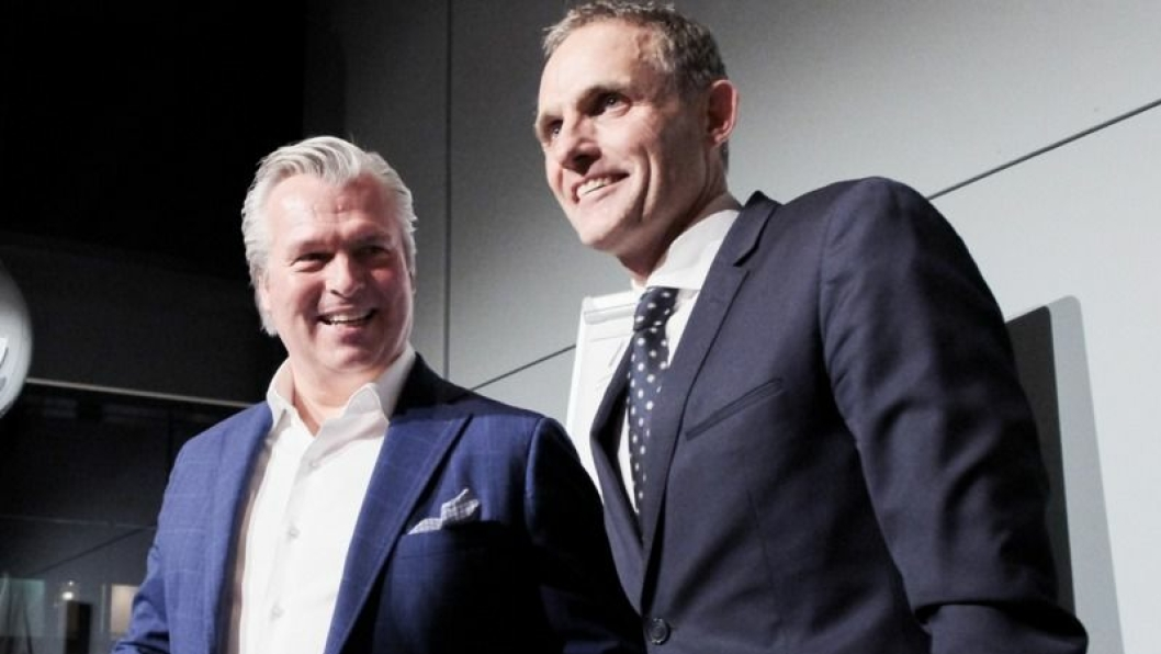 F. v.: Thomas Øvreseth (administrerende direktør, Insignia) og Marius Hayler (country manager, Jaguar Land Rover).