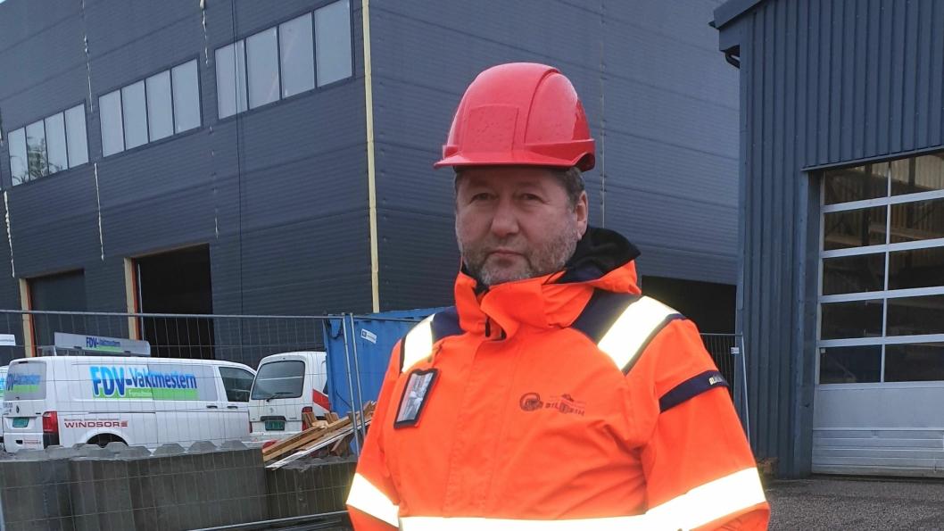 Etter brannen i fjor vår investerer Bil1Din/Namdal Bilopphuggeri betydelig i nytt lagerbygg  for brukte bildeler.