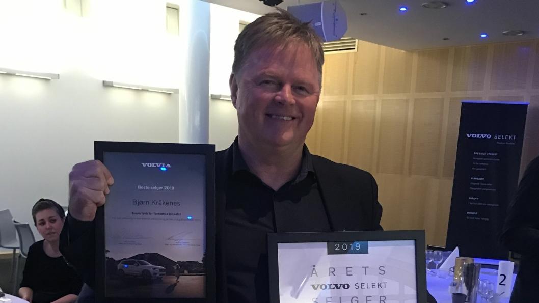 Bjørn Kråkenes mottok prisene som årets Volvo Selekt-selger og beste Volvia-selger for 2019.