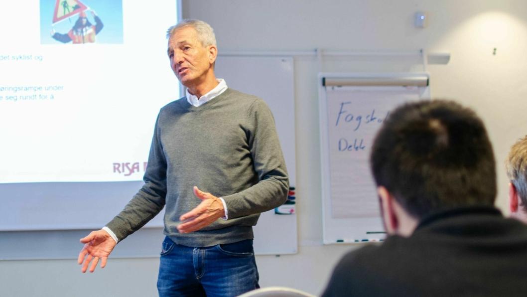Jon Erik Ludvigsen, daglig leder i Dekkimportørenes Forening