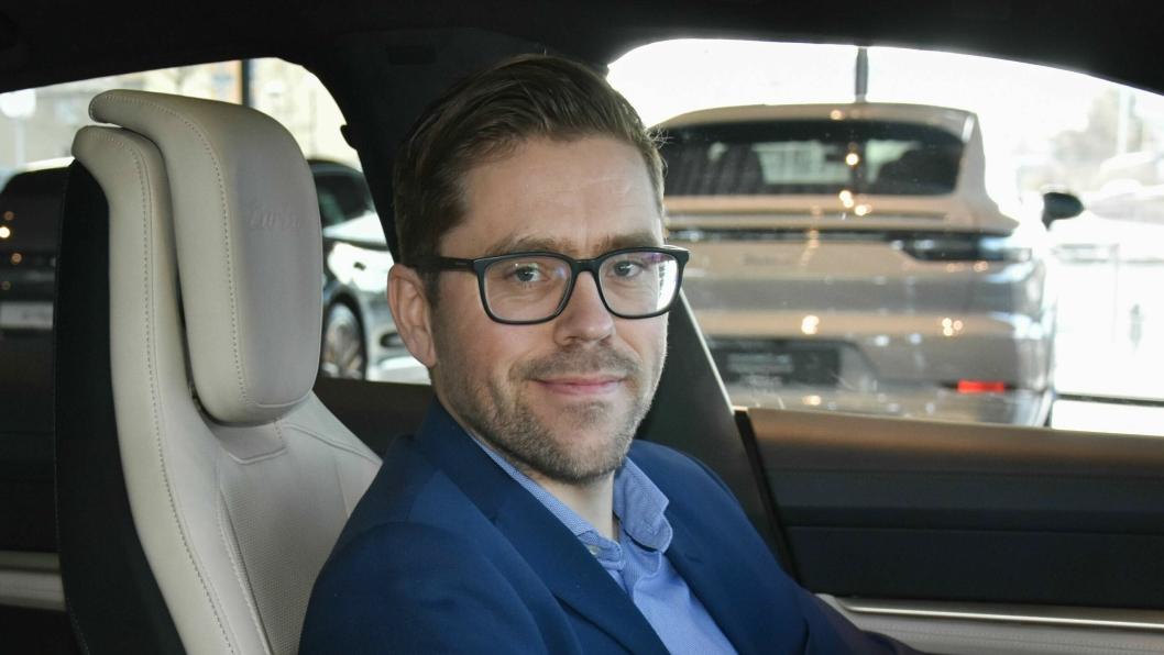 Øyvind Duvaland er servicemarkedsdirektør hos den norske Porsche-importøren Autozentrum Sport.