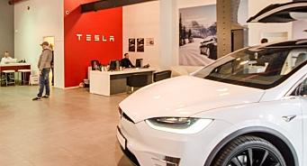Tesla permitterer - men holder alle lokasjoner åpne