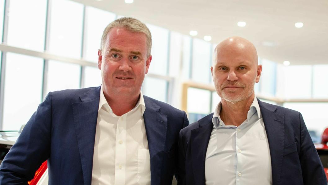 F. v.: Frode Hebnes, administrerende direktør i Bilia i Norge, sammen med Bilia-konsernsjef Per Avander.