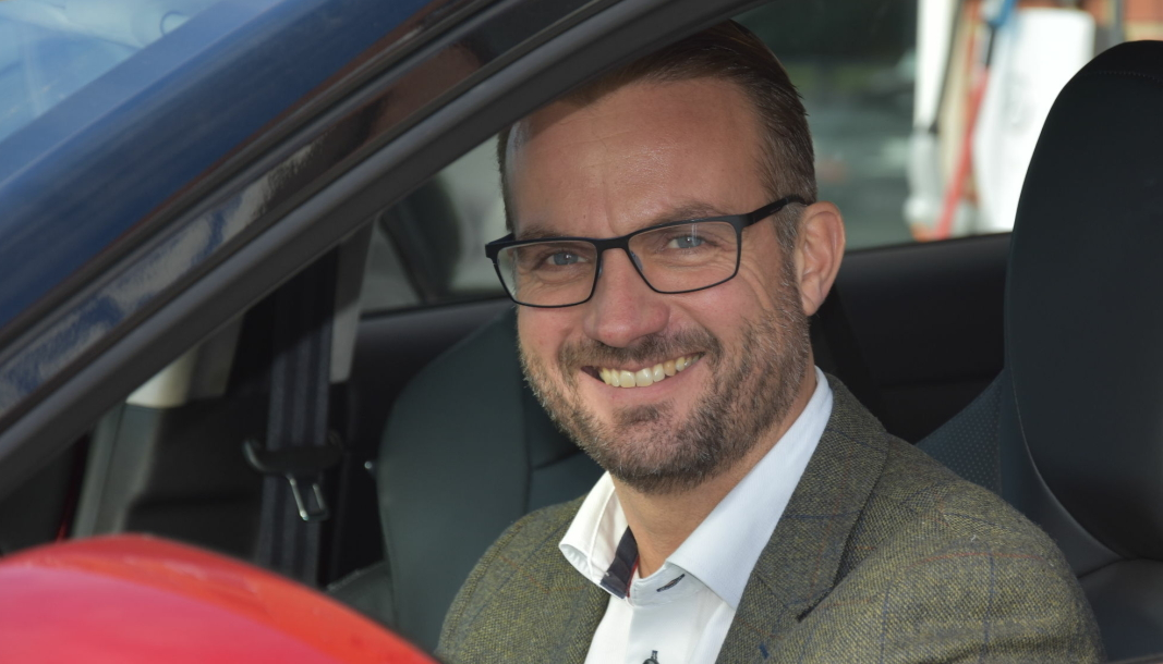 Espen Strømme, daglig leder hos Xpeng-importøren Zero Emission Mobility AS.