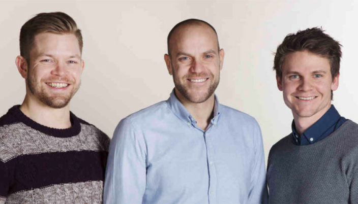 <em>De tre gründerne Eirik Thorsen (t.v.), Anders Espelund og Thomas Hage eier fortsatt 10,9% hver av Nettbil AS.</em>