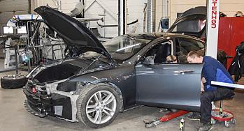 Tesla: Tillater ikke brukte deler - «veier opp» på andre måter