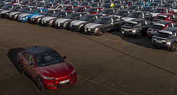 Bilsalget i mai: To båter løftet Mach-E på topp - Toyota største bilmerke