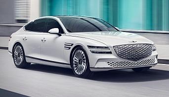 """<span class=""""italic"""" data-lab-italic_desktop=""""italic"""">Modellen Electrified G80 er Genesis' første elbil - en stor sedan med rundt 425 km rekkevidde. Før sommeren neste år skal til sammen tre elbil-modeller være klare.</span>"""